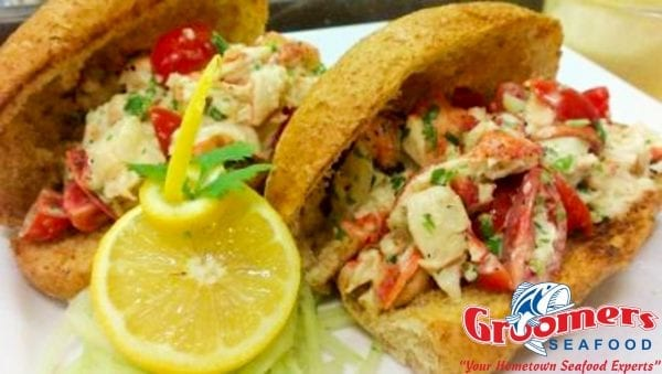 Groomer's Lobster Roll